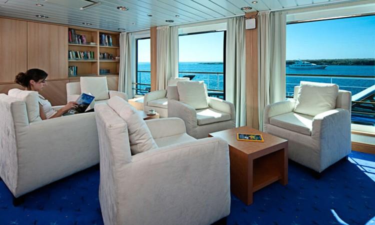 la-pinta-sitting-room