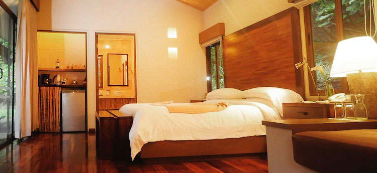 El Silencio Lodge and Spa Rooms