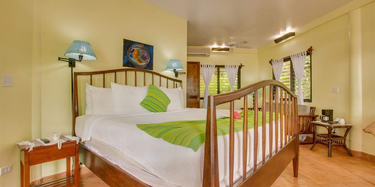 Robert's Grove Beach Resort Rooms