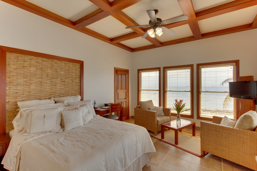 Ray Caye Resort Duplex Cabanas - One Bed