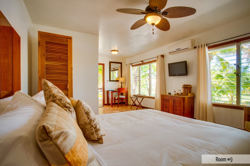 Ray Caye Resort Main House 1st Floor Oceanview