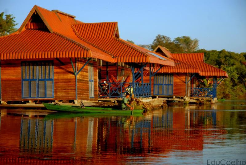 Uakari Floating Jungle Lodge - Amazonas, Brazil