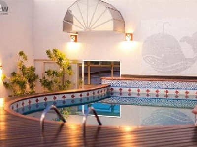 Best Western Taroba Hotel - pool