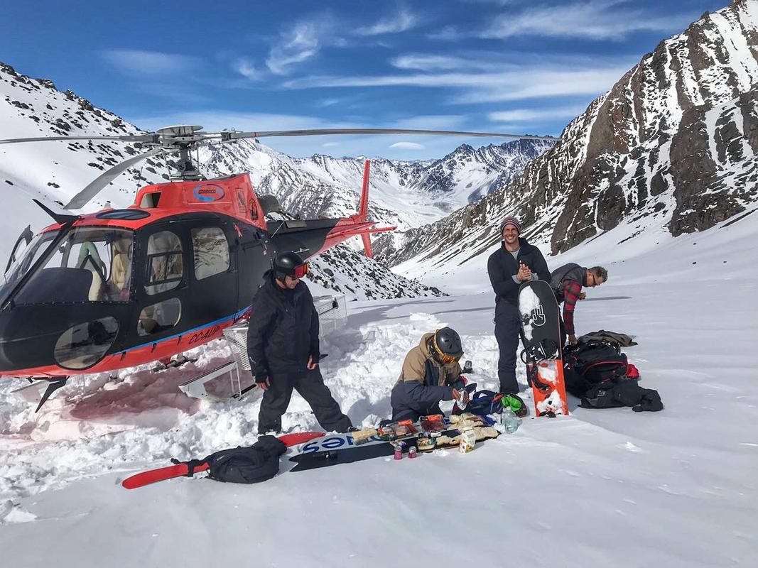Barraco Lodge Heli-Skiing